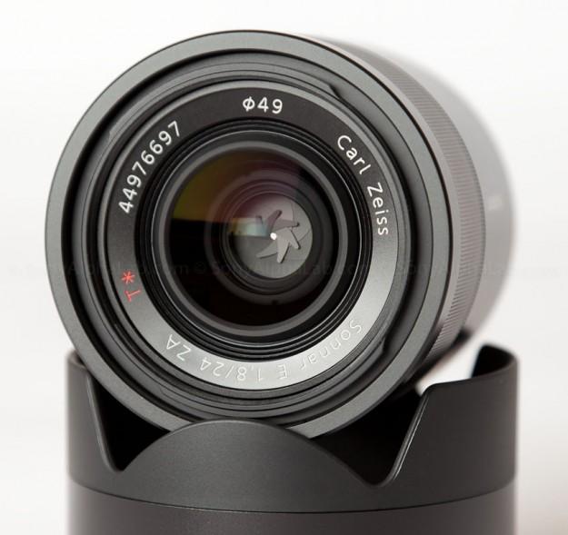 24mm f/1.8 E-Mount Carl Zeiss Sonnar Lens