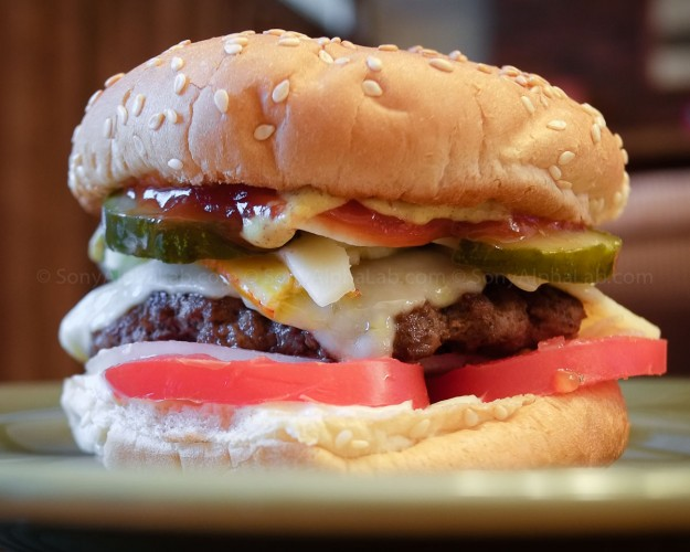 Fujifilm X-Pro 1 w/ 18mm f/2 Lens @ f/4, 1/4sec, ISO 400, Jpeg Fine, Resting on table