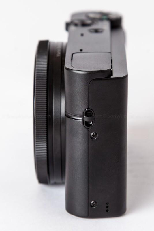 Sony RX100 from the side with the camera Off