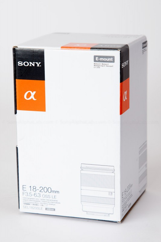 Sony 18-200mm f/3.5-6.3 OSS Lens - In the Box