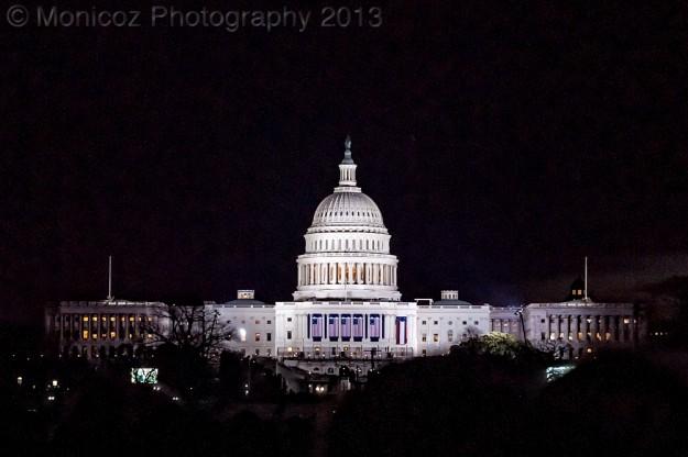 US Capital Building in the Dark