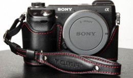 Toma Genuine Leather Hand / Wrist Camera Strap