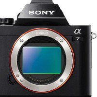sony-a7-front-feature