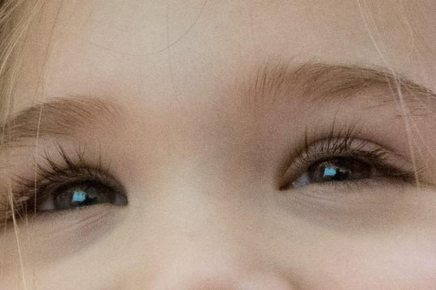 Eye-AF - Sony A7 w/ 28-70mm kit lens @ f/4, 40mm, 1/50sec, ISO 6400, Hand-held