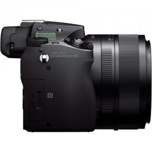 rx10-grip-side